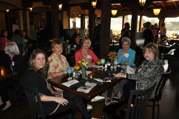 Spring Fling Fashion show at Tuscanys courtesy of Belks